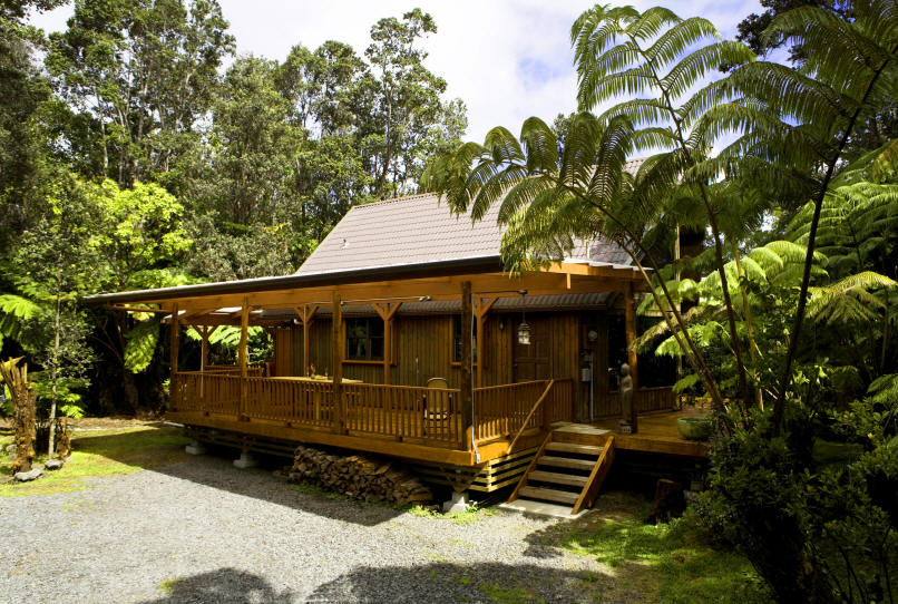 Our Lehua Lodge ™ is a magnificent country-style cedar cottage (with ...
